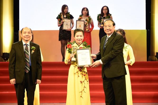 Nam A bank liên tục nhận được vinh danh tại các giải thưởng uy tín ảnh 1