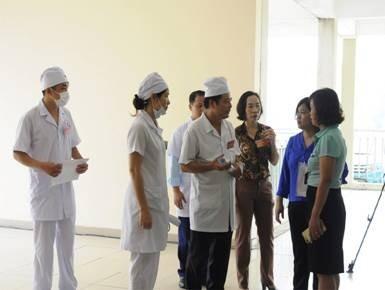 Quận Long Biên, Hà Nội diễn tập điều tra, xử lý ngộ độc thực phẩm ảnh 1