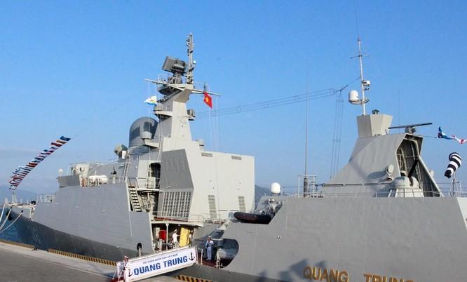 Thượng cờ 2 chiến hạm Gepard 3.9 Quang Trung và Trần Hưng Đạo ảnh 1
