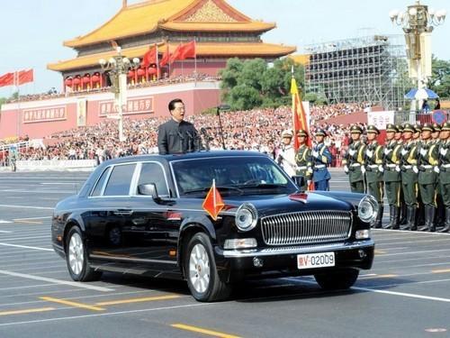 """Top 10 xe """"siêu dị"""" của các nguyên thủ quốc gia ảnh 5"""
