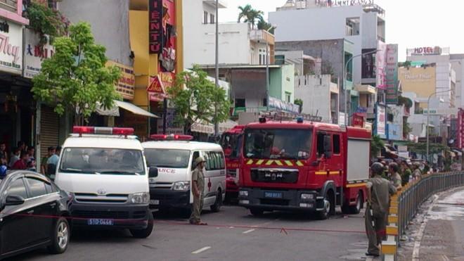Tp. HCM: Cháy lớn tại cửa hàng bếp, 4 người thương vong ảnh 4