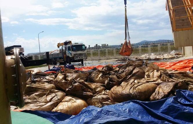 Cảnh chất thải công nghiệp 'đóng gói' ngập tràn Formosa ảnh 1