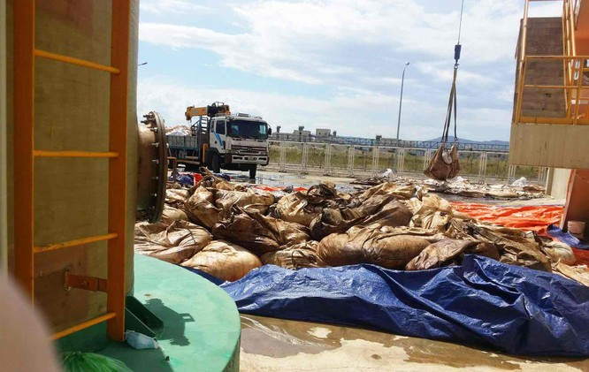 Cảnh chất thải công nghiệp 'đóng gói' ngập tràn Formosa ảnh 2