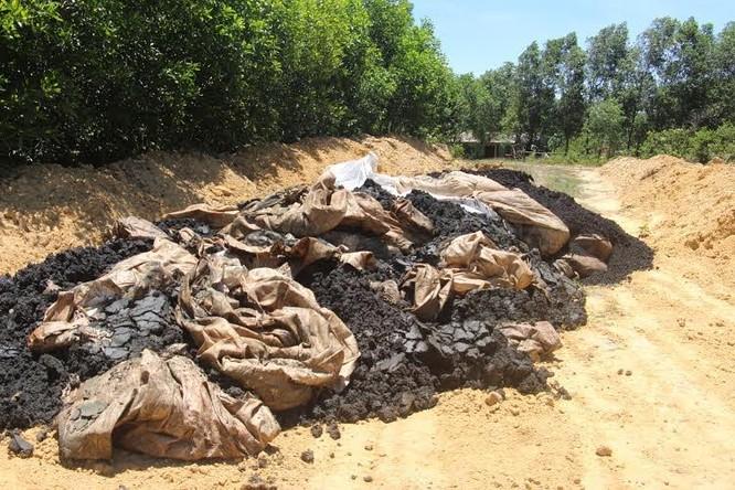 Cảnh chất thải công nghiệp 'đóng gói' ngập tràn Formosa ảnh 12
