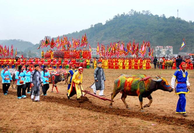 Lễ hội Tịch điền đọi sơn