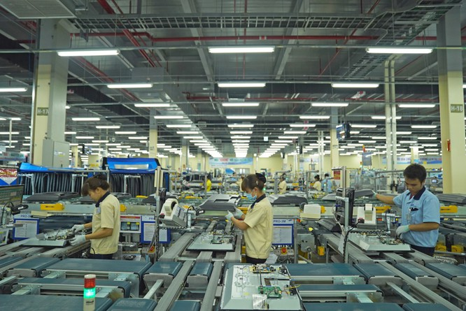 Hiện tại, đối với dòng sản phẩm LED, sản lượng sản xuất của SEHC chiếm 19% trong tổng số các nhà máy Samsung toàn cầu . Trung bình sẽ có khoảng 1,1 triệu sản phẩm được xuất xưởng trong một tháng.
