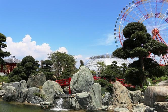 Không gian thanh tịnh, yên bình trong vườn Nhật Bản