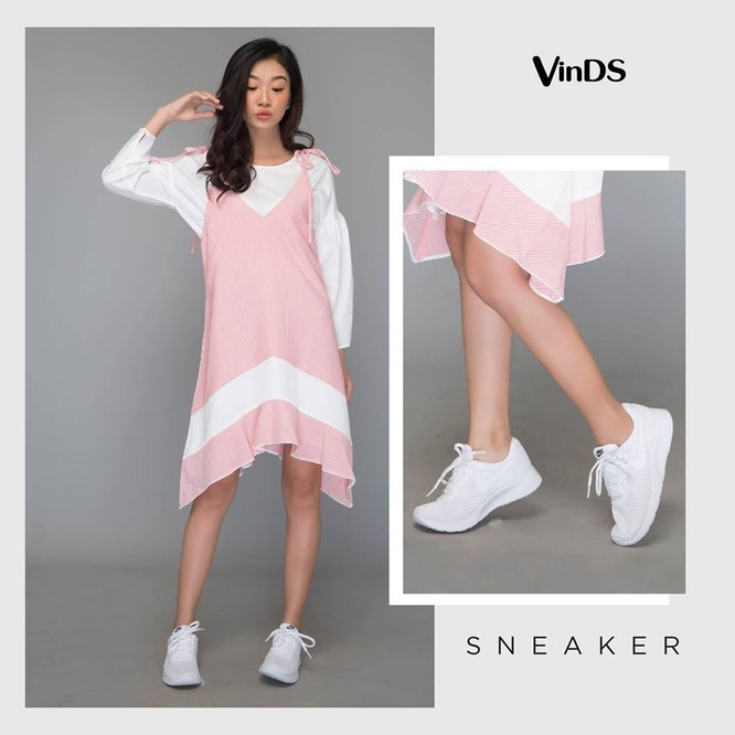 Đầm liền mix cùng sneaker trơn Nike đồng tông đang giảm giá chỉ 1,403,500VNĐ tại VinDS (giá gốc: 1,790,000VNDD)