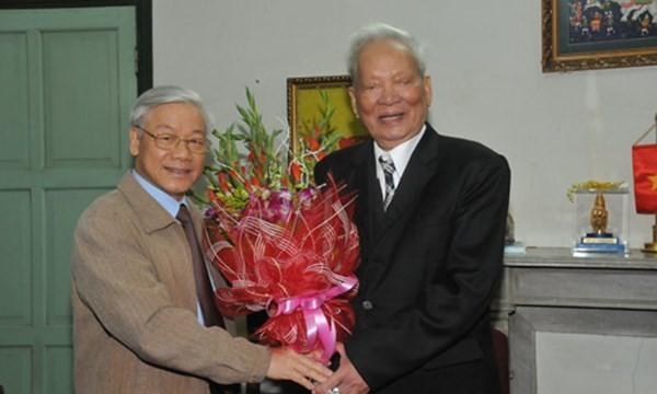 Tổng Bí thư Nguyễn Phú Trọng chúc mừng sinh nhật Đại tướng Lê Đức Anh