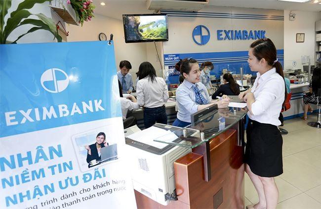 Trao niềm tin cho Eximbank, KH vẫn đang mòn mỏi chờ những quyền lợi chính đáng của mình - Ảnh: Eximbank