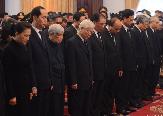 Không khí trang nghiêm trong lễ viếng nguyên Thủ tướng Phan Văn Khải ảnh 1