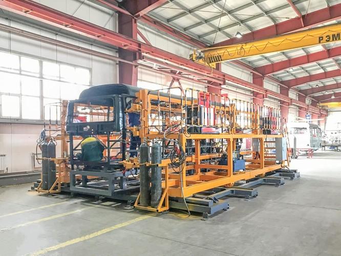 Thaco chuyển giao công nghệ sản xuất xe bus THACO HB73S cho đối tác tại Kazakhstan ảnh 3