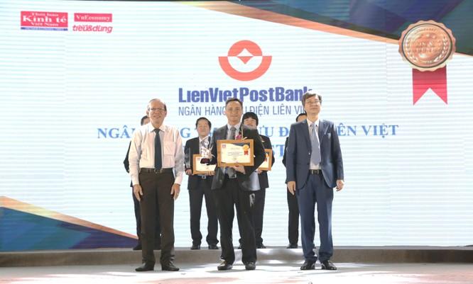 LienVietPostBank nhận cú đúp giải thưởng tại Vietnam Outstanding Banking Awards 2018 ảnh 2
