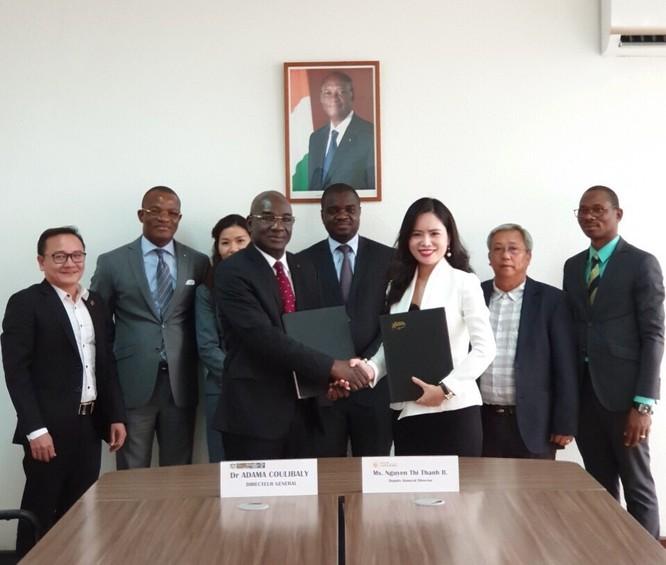 Đoàn công tác Tập đoàn T&T Group tiếp kiến Thủ tướng Chính phủ Bờ Biển Ngà trong chuyến công tác vào tháng 12/2018