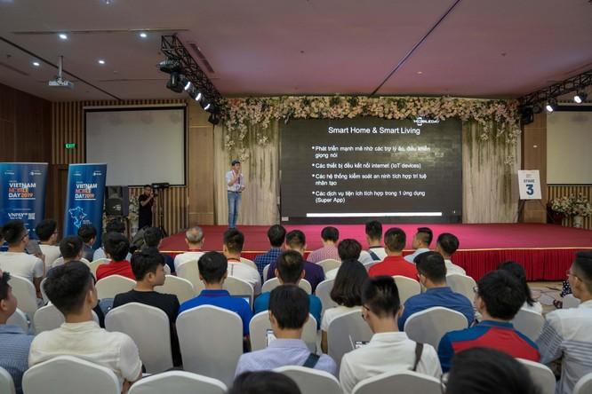 Phần trình bày của đại diện Sunshine Tech, ông Phạm Minh Tuấn – Giám đốc chi nhánh Thành phố Hồ Chí Minh gây được sự chú ý lớn với người tham dự