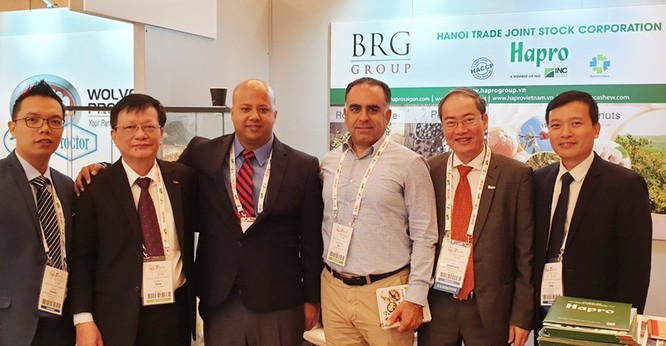 Đoàn Xúc tiến thương mại của Hapro tại Hội nghị Hạt & Quả khô thế giới 2019