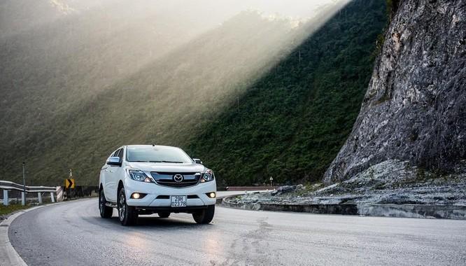 Mazda BT-50 có giá mới: giảm đến 60 triệu đồng ảnh 1