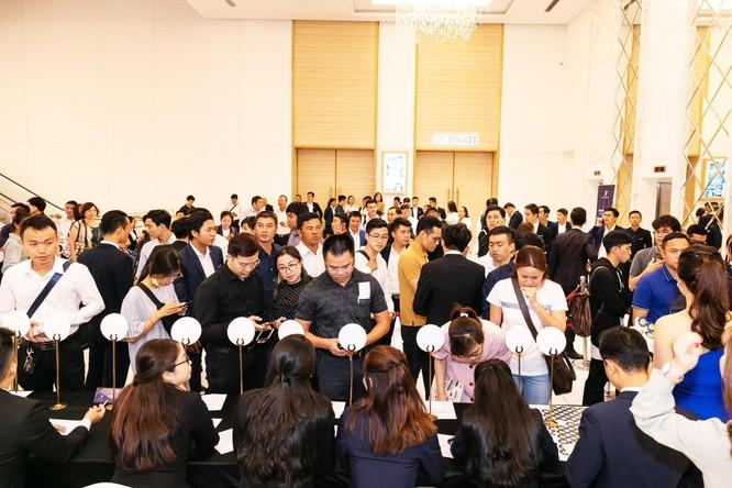 Đông đảo khách hàng tham dự sự kiện ra mắt Sunshine App tại TP. Hồ Chí Minh
