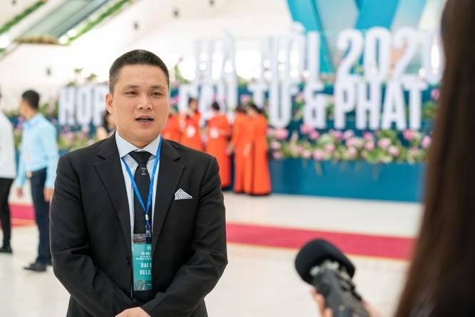 Ông Lê Nhỏ - Phó Tổng Giám đốc Sunshine Group trả lời phỏng vấn tại Hội nghị.