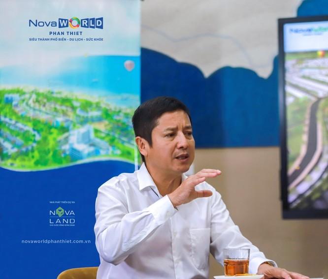 Diễn viên Chí Trung chia sẻ anh đặc biệt hứng thú với sản phẩm second home tại những vùng biển miền Trung nắng ấm