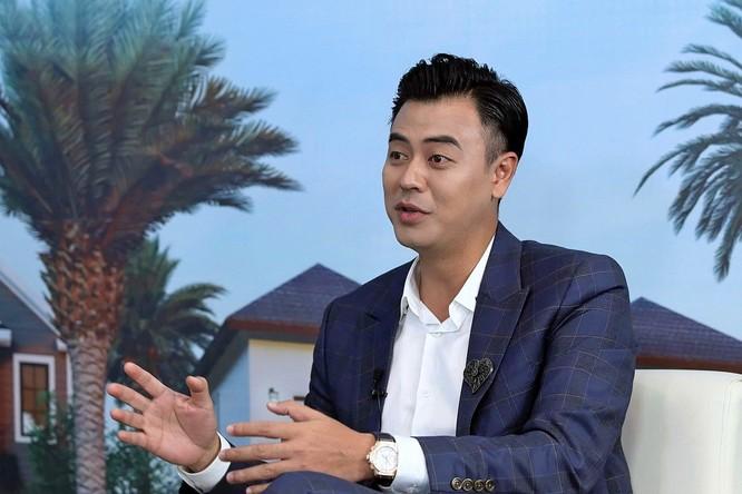 Diễn viên Tuấn Tú cho biết hiện tại nếu có ý định sở hữu thêm một căn nhà nữa thì anh sẽ chọn những địa điểm để mang lại giá trị sống cho bản thân mình