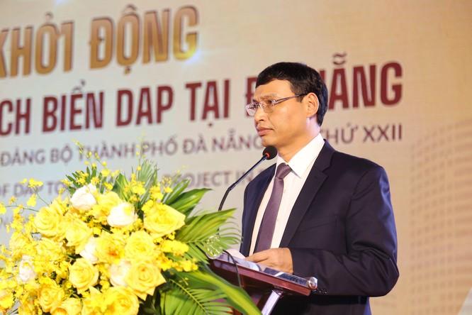 Ông Hồ Kỳ Minh, Ủy viên Ban Thường vụ Thành ủy, Phó Chủ tịch UBND Thành phố Đà Nẵng phát biểu tại sự kiện