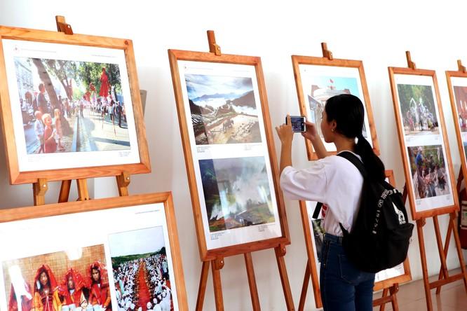 Triển lãm ảnh, phim phóng sự - tài liệu đất nước con người ASEAN tại Lâm Đồng ảnh 1
