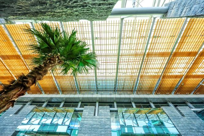 """Soi hệ thống công nghệ hàng đầu tại """"Sân bay khu vực hàng đầu thế giới 2020"""" ảnh 6"""