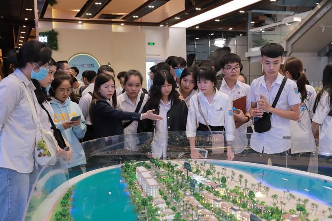 Campus Tour độc đáo của Nova College thu hút hơn 400 học sinh ảnh 3