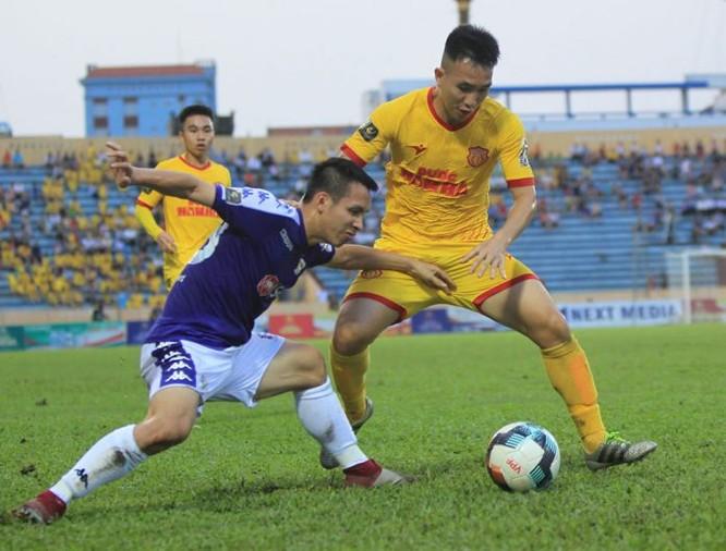 Các cầu thủ Nam Định sẽ gặp khó khăn khi hành quân đến Thanh Hóa (ảnh VPF)
