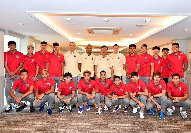 Thái Lan đã tập trung đội tuyển tới 36 cầu thủ để chuẩn bị cho trận đá với Việt Nam (ảnh FAT)