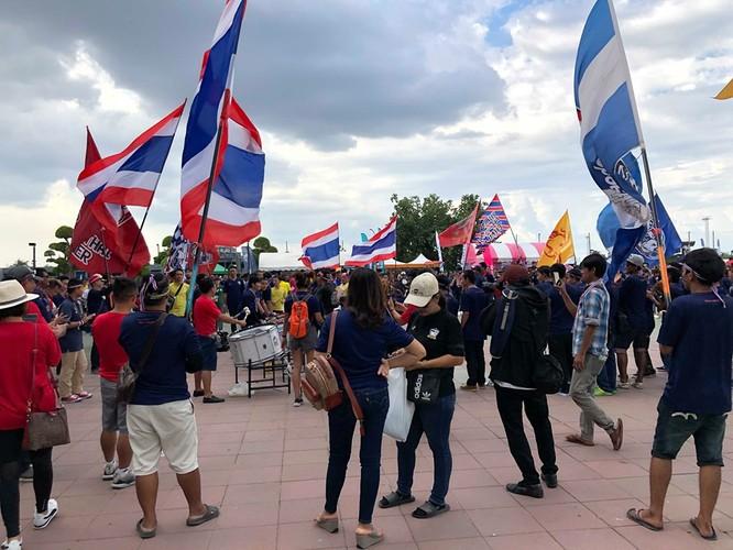 Người Thái đã sững sờ khi đội nhà thất bại (ảnh TTVH)