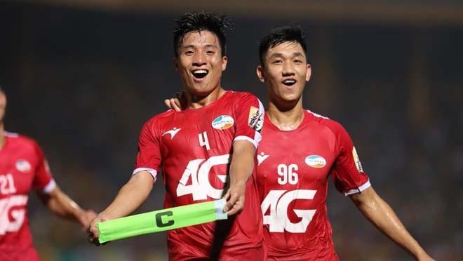 Việc Viettel chỉ giành được bốn chiến thắng, còn lại là hai trận hòa và sáu trận thua, tạm thời xếp thứ 11 trên bảng xếp hạng V.League là nguyên nhân khiến ông thầy Hàn quốc phải ra đi (ảnh Thethaovanhoa)