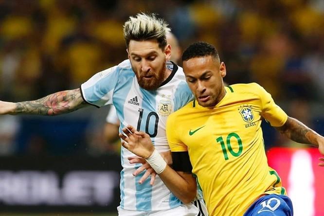 Neymar bị chấn thường và rời khỏi đội tuyển Brasil ngay trước thời điểm khai mạc (ảnh CNN)