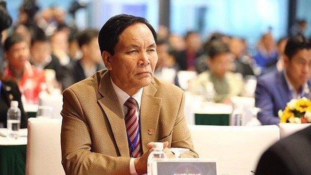"""Đến giờ, ông Cấn Văn Nghĩa là người """"khổ nhất"""" trong ngôi nhà VFF, kể từ khi đang là ứng cử viên cho chức Phó Chủ tịch cho đến khi viết đơn rút lui (ảnh VFF)"""