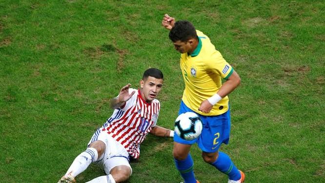 Cuối trận đội hình Brazil đã chuyền thành 3-2-4-1, thi đấu chủ yếu bên phần sân đối phương (ảnh CNN)