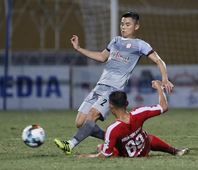 Tuyển thủ Trọng Hoàng, ngoài bàn thắng mở tỷ số cho Viettel, anh còn tham gia kiến tạo 2 bàn thắng (ảnh VPF)