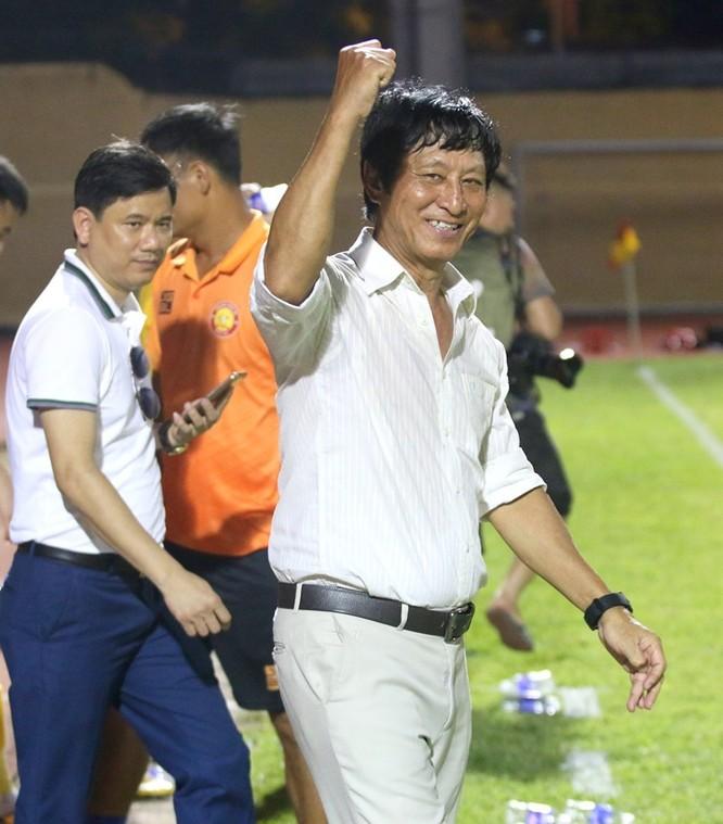 Tân HLV Vũ Quang Bảo đã có 2 trận thắng liên tiếp cùng Thanh Hóa. Ảnh VietTimes.
