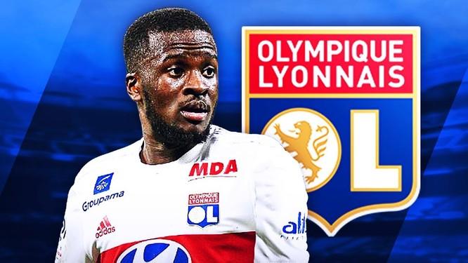 Ngôi sao đang thi đấu cho đội chủ sân Công viên Olympique Lyon thuộc mẫu tiền vệ box-to-box khá điển hình. Ảnh CNN