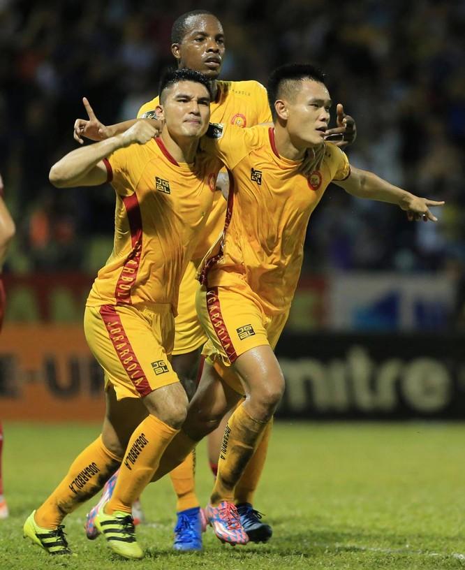 4 trận cầm quân, ông Bảo và các cầu thủ Thanh Hóa có được 7 điểm được coi là thuộc nhóm tốt nhì các đội V.League 2019 lượt về