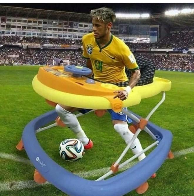 Neymar hiện đang có 121 triệu lượt người đặt chế độ dõi theo qua tài khoản cá nhân trên Instagram. Ảnh VietTimes