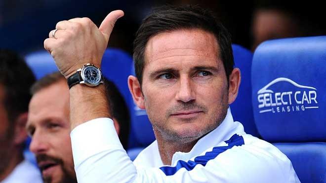 Lampard sau khi trở lại Chelsea từ Derby County đã nhanh chóng xác lập một lối chơi mới cho CLB sau 1 mùa giải thi đấu dưới thời HLV Maurizio Sarri. Ảnh AP.