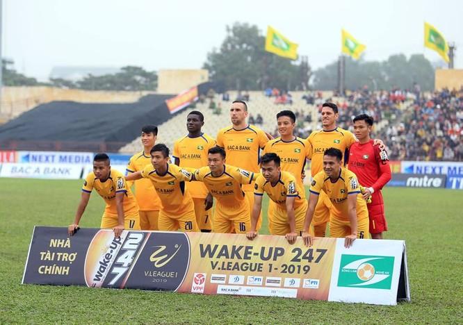 11 cầu thủ SLNA, (không tính ngoại binh) chủ yếu đá đội hình chính sẽ hết hạn hợp đồng cuối mùa giải. Ảnh SLNAFC.