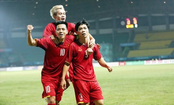 Nòng cốt của đội tuyển vẫn là các cầu thủ Hà Nội, HAGL. Ảnh VPF.