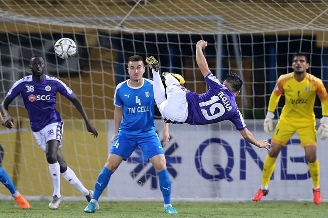 Tiền vệ Quang Hải sẽ dẫn dắt lối chơi của đội tuyển. Ảnh HNFC>