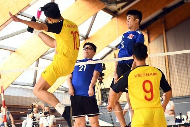 Giải vô địch đá cầu thế giới lần thứ 10 tại Pháp quy tụ sự tham gia của 15 đội tuyển đá cầu của các nước. Ảnh ISF.