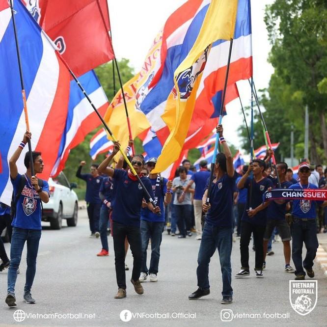 Trận hòa 0-0 khiến CĐV Thái Lan thất vọng. Ảnh Changsuek
