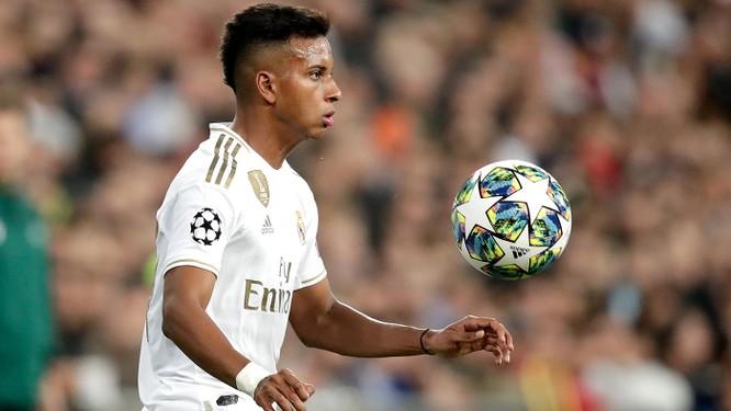 Rodrygo đã trở thành cầu thủ trẻ thứ 2 trong lịch sử ghi hat-trick tại Champions League với 18 tuổi và 301 ngày (sau Raul 18 tuổi và 113 ngày). Ảnh CNN.