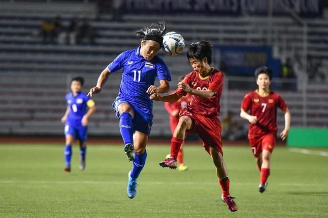 bóng đá nữ Thái Lan đã có một năm thất bại toàn diện trước tuyển nữ Việt Nam. Ảnh VFF