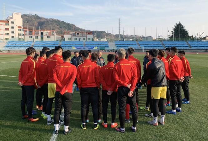 U23 Việt Nam tập luyện trên đất Hàn quốc. Ảnh VFF